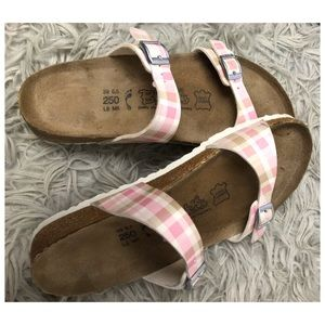 Birkenstock | Pink Plaid Arizona Sandals EUC BIRKS